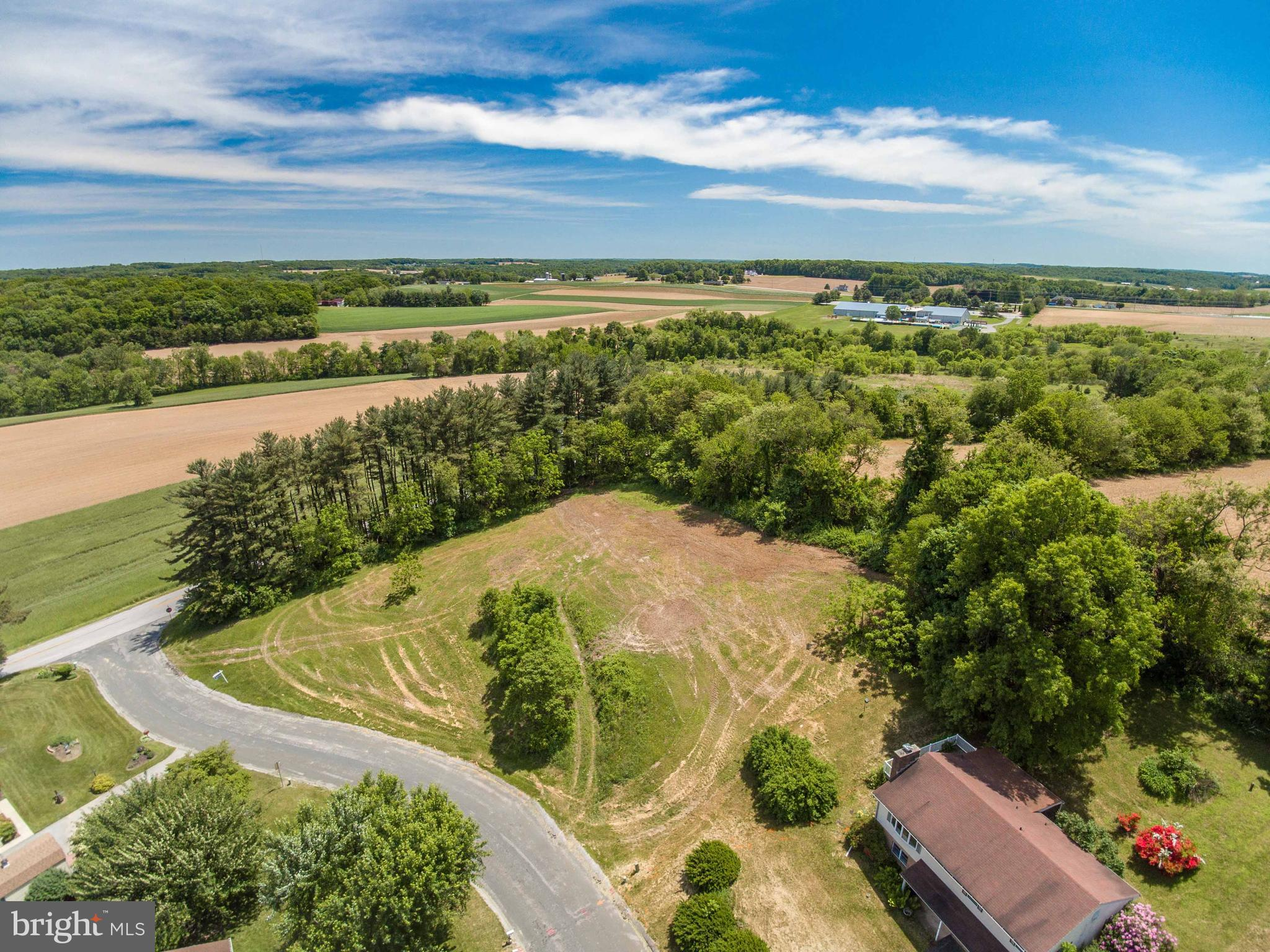 *REDUCED!!!*Welcome to this Beautiful and Ready To Build 1.4 Acre Lot with Country Views in an established neighborhood and close to all Hampstead amenities*Well and Perc Approved*Bring your plans and builder!!!Priced below assessed value!!!