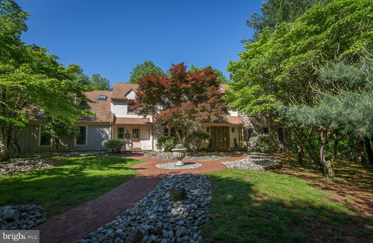 4 BITTERSWEET DRIVE, WEST CHESTER, PA 19382
