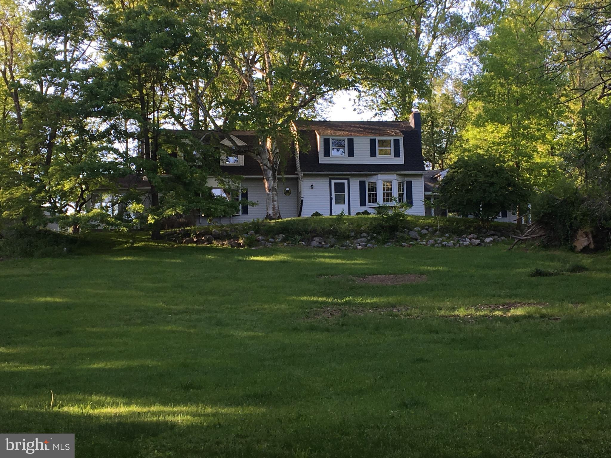 60 WASHINGTON BOULEVARD, BANGOR, PA 18013