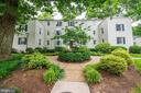 802 S Arlington Mill Dr #301