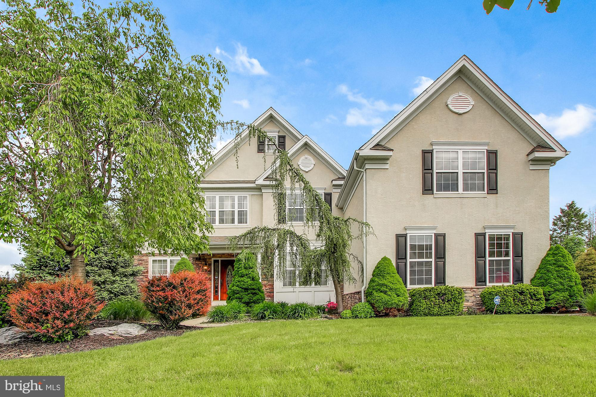 6984 SUNFLOWER LANE, MACUNGIE, PA 18062