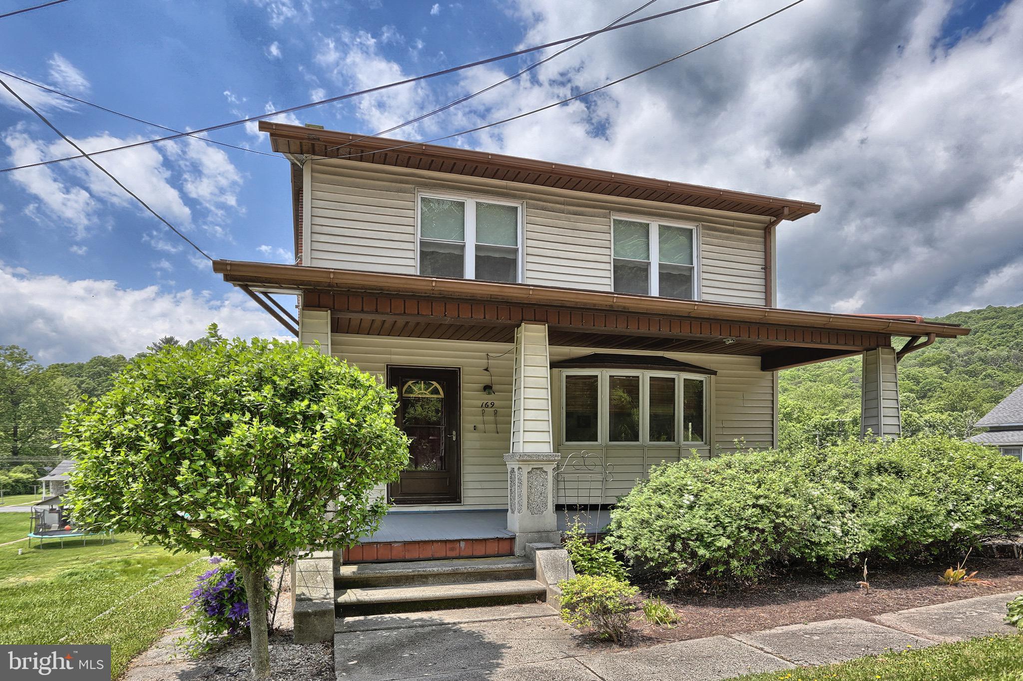 169 CENTRE STREET, PORT CLINTON, PA 19549