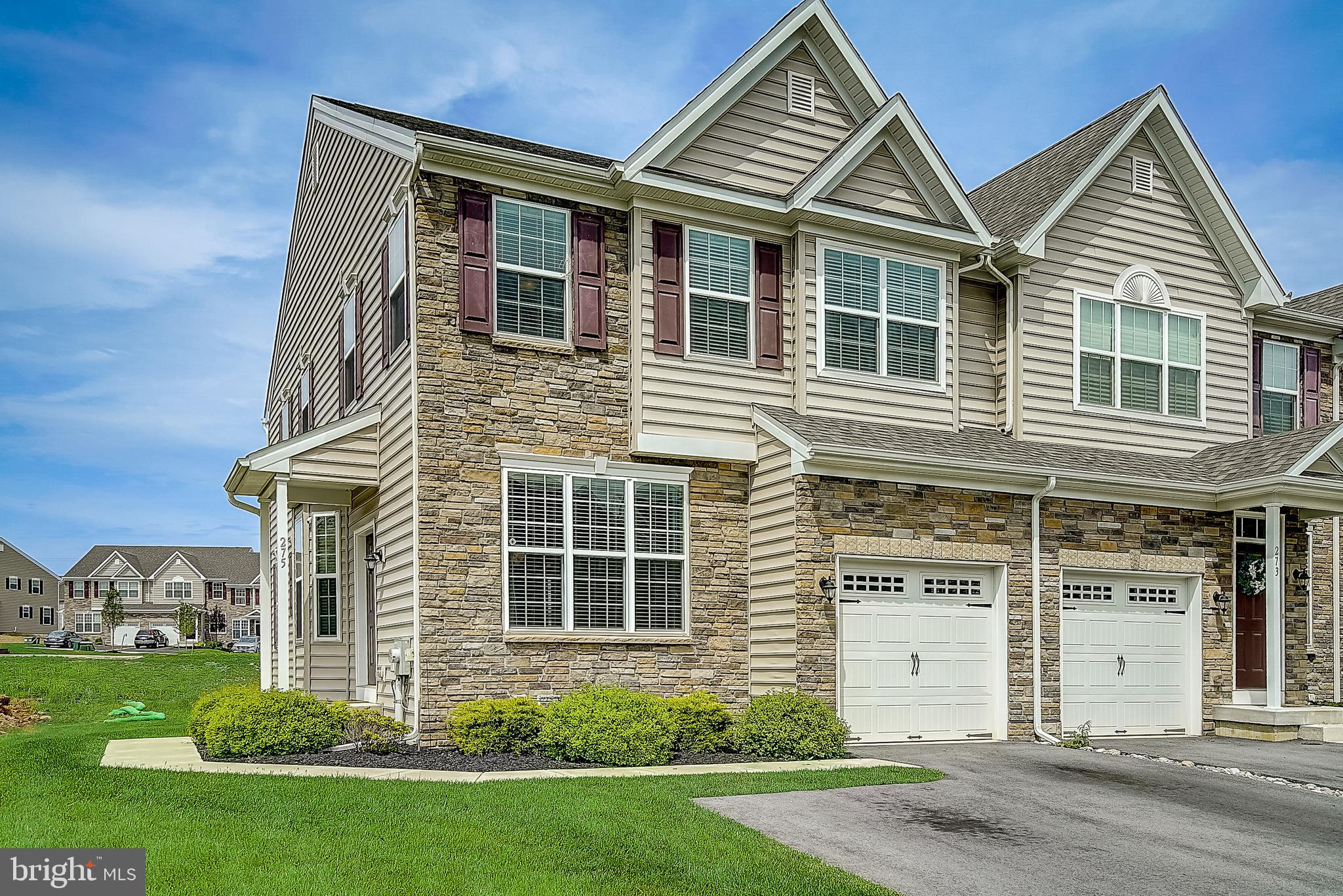 275 RED CLOVER LANE, ALLENTOWN, PA 18104
