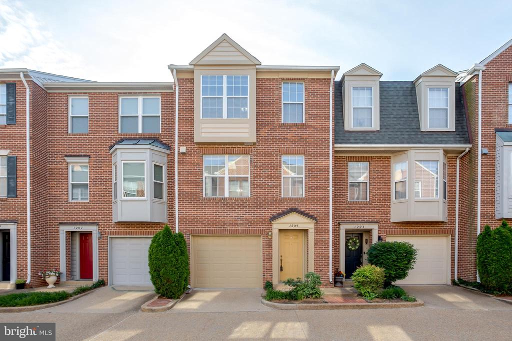 Welcome to this 3 level, one car garage town home ready for your most discerning tenants! New Carpet, Fresh Paint, Updated Appliances, and a location you can't beat! Steps to Metro, shopping, dining, bike share, downtown Alexandria, Amazon Prime location. Apply at ahrmanagement.com