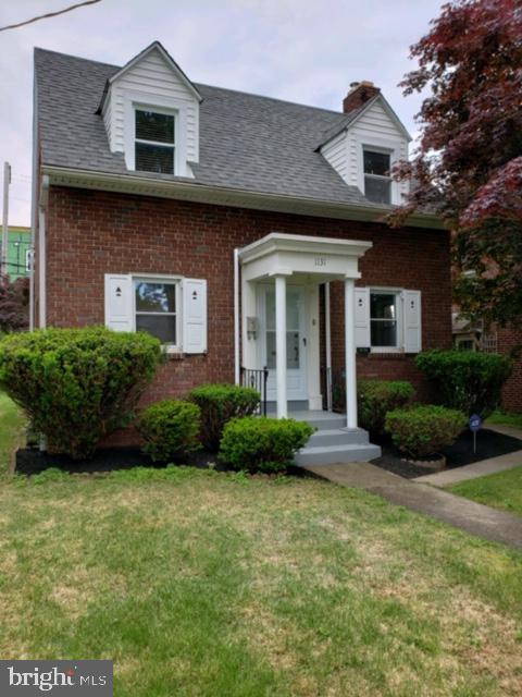 1131 HUDSON STREET, HARRISBURG, PA 17104