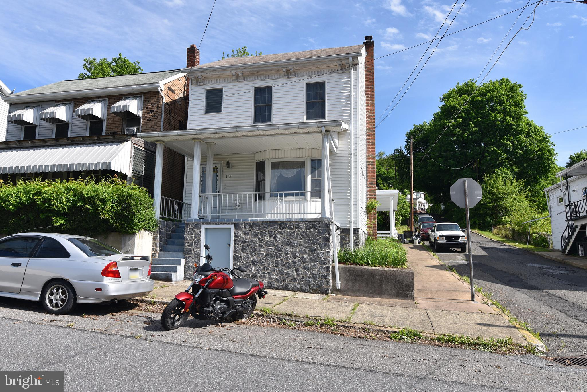 118 NORTH STREET, PORT CARBON, PA 17965