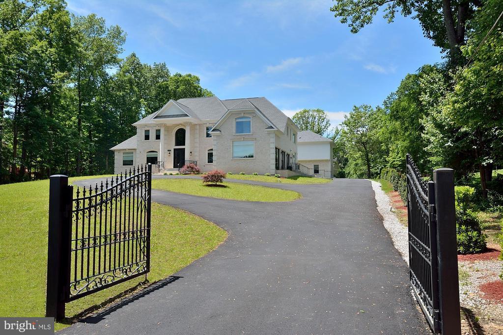 Burke Homes for Sale -  Gated,  6224  BELLEAIR ROAD