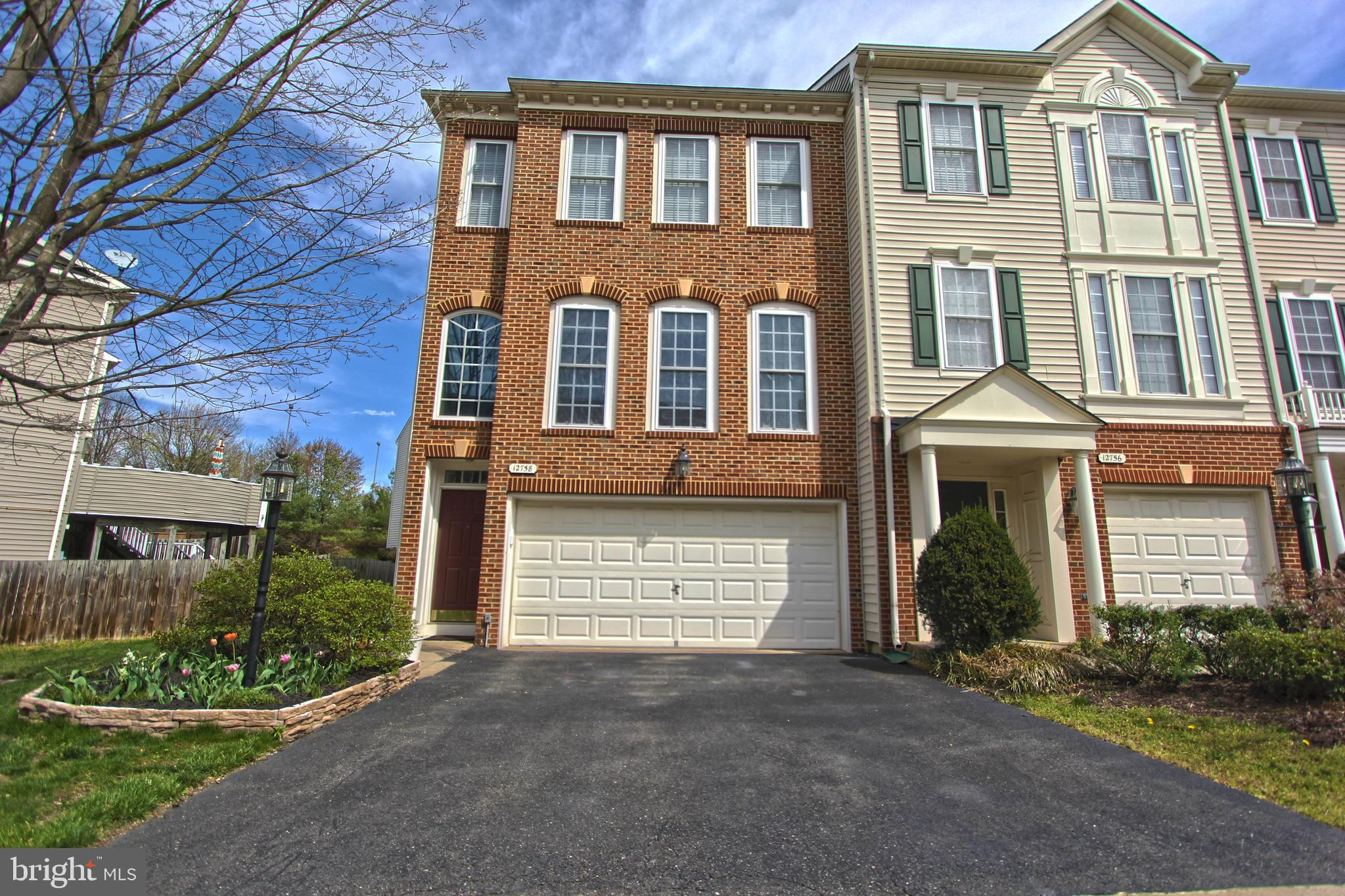 Beautifully upgraded 3 level end unit townhome with a 2 car garage in desirable Buckley's Reserve in Fairfax. Special features include: 3 bedrooms, 2 full baths and 2 half baths. Gourmet Kitchen with maple cabinets, central island, stainless steel appliances, double wall oven & gas cooktop, microwave. Deck off the kitchen, recessed lights, plantation shutters, hardwood floors. Fully Finished walk-out Level Basement with bathroom. Excellent location near Fair Oaks mall, Fairfax Corner & Wegmans, shopping & restaurants, Rt. 29, 50, Ffx Co Pkwy & I-6