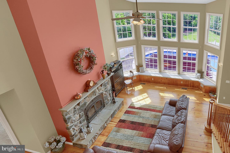 33 Prickly Pear Drive, Carlisle, PA, 17013 - Properties - NOAHS' FMC