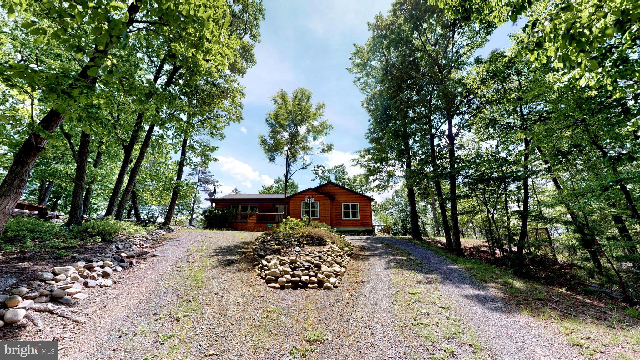 609 FOREST RETREAT DRIVE, PETERSBURG, WV 26847