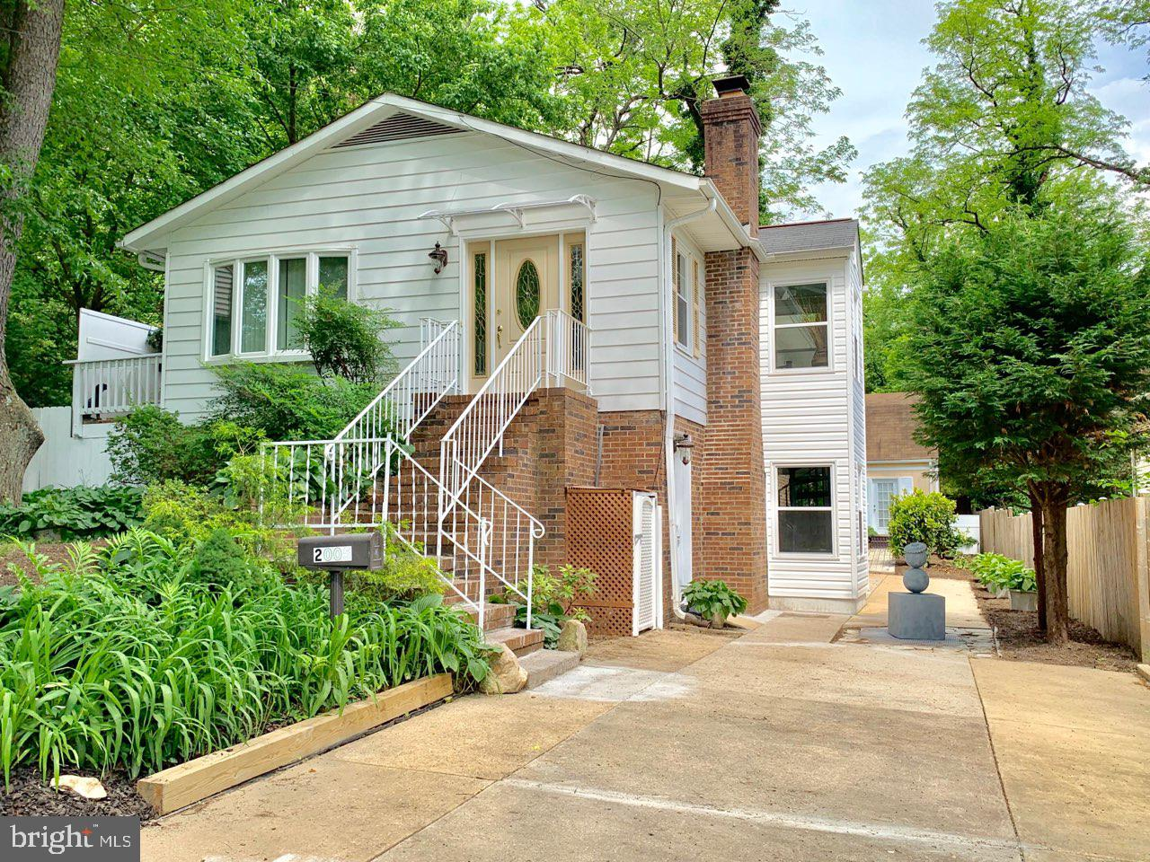 2005 GRACE CHURCH ROAD, SILVER SPRING, MD 20910