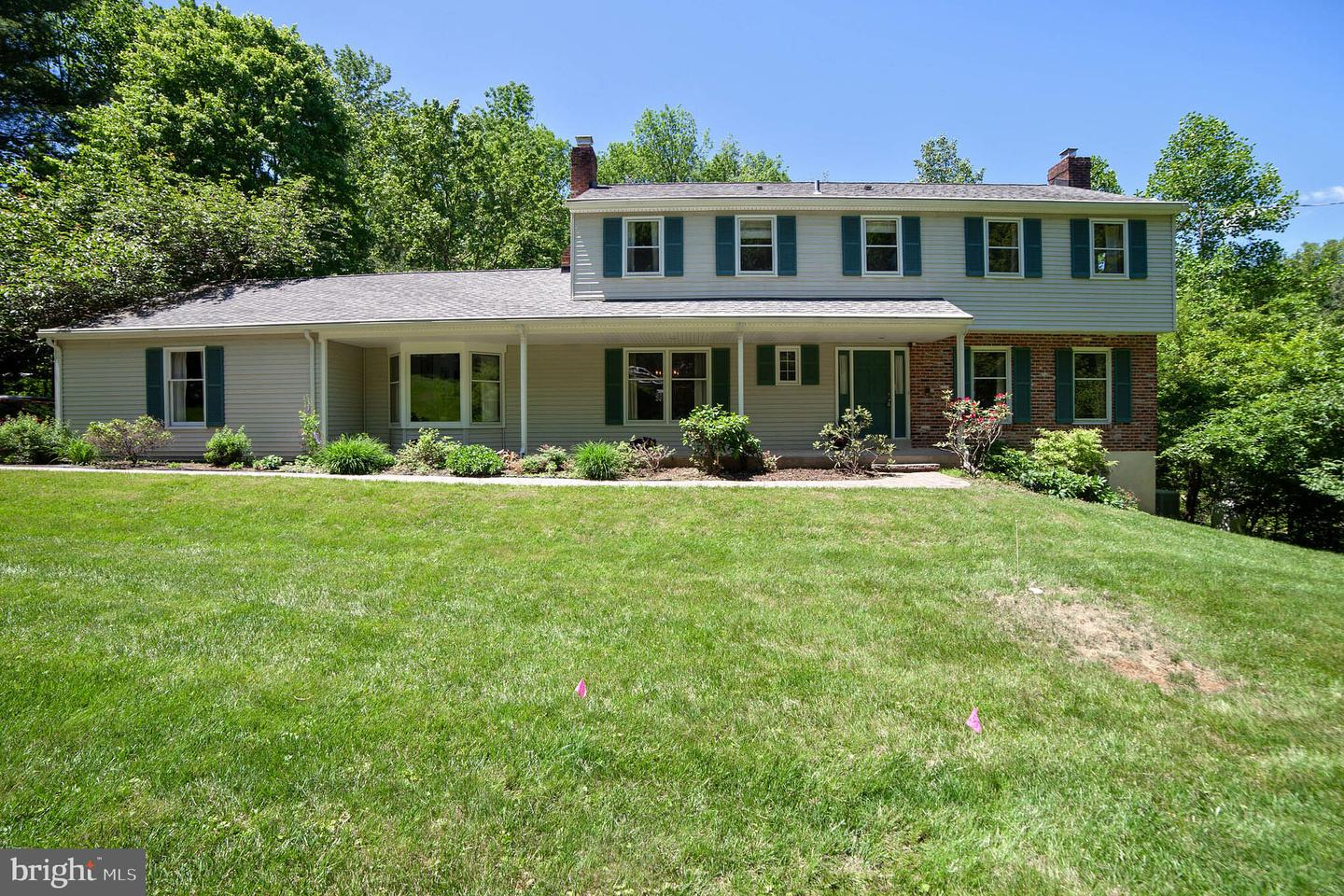9 Old Covered Bridge Road Newtown Square, PA 19073