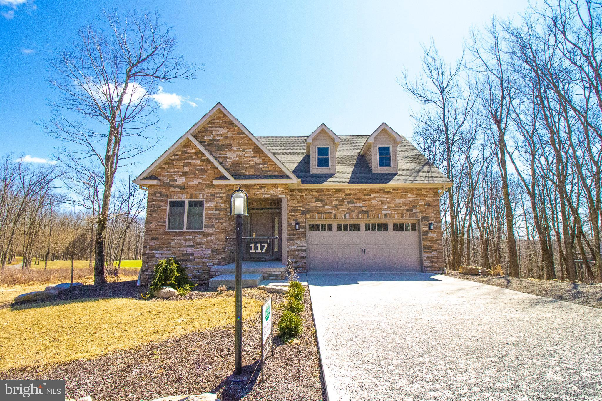 117 CROOKED STICK, HAZLE TOWNSHIP, PA 18202