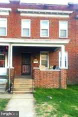Incredible opportunity for a first time buyer or savyy investor in this cozy brick townhome. Enjoy the comforts of city living in one of the most desirable areas of Baltimore. Lost of potential with a little bit of TLC. 4 bedrooms 1.5 baths and a lower level with limitless possibilities. Don't miss out on this great investment. Priced as is and ready to sell.