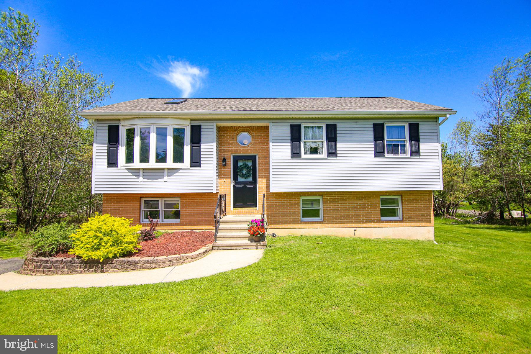 140 RYAN ROAD, BLAKESLEE, PA 18610