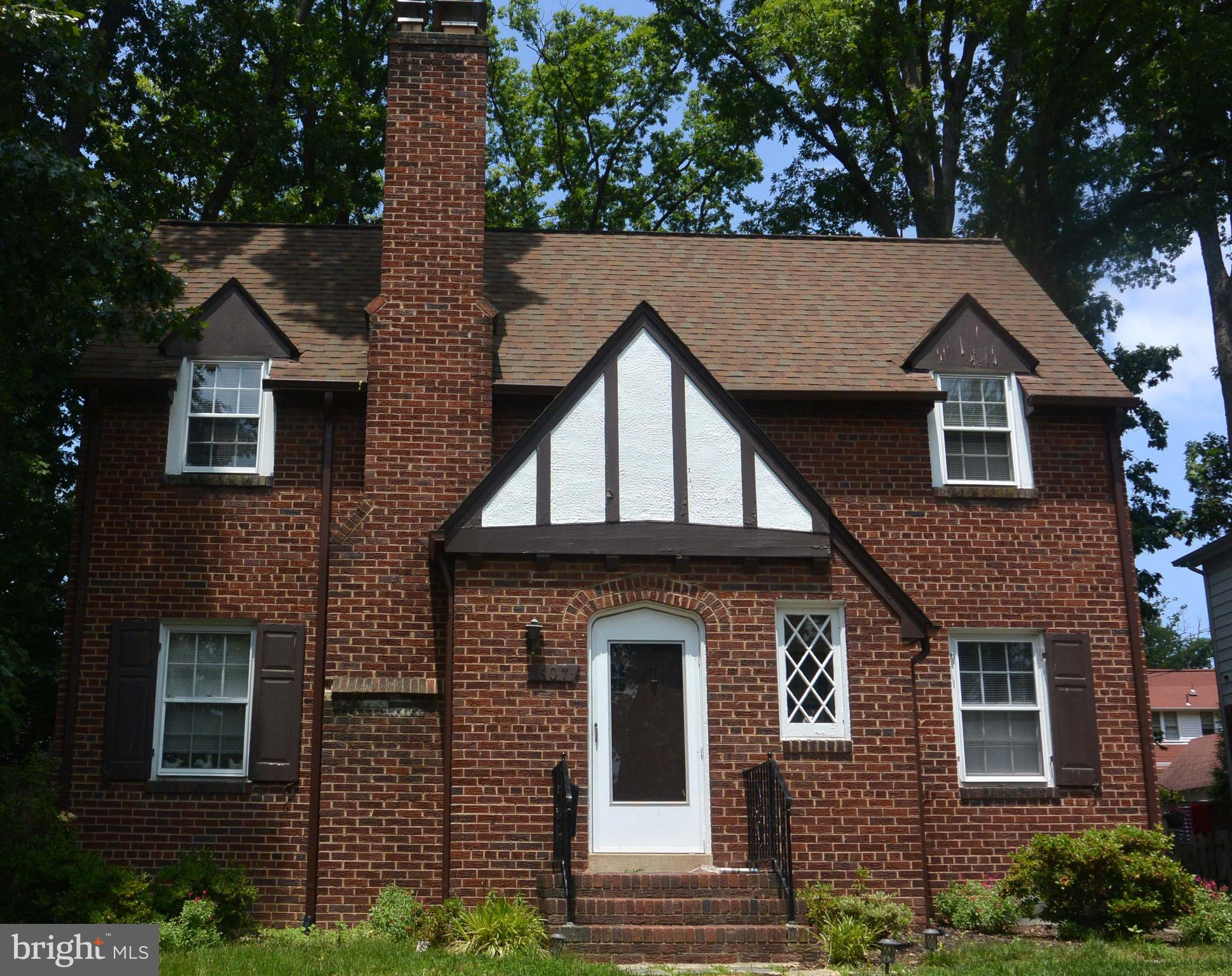 """Sold """"as is""""  This 4 bedroom 3.5 bath home in one of Alexandria's finest neighborhoods offers tremendous potential.  A GREAT investment!"""