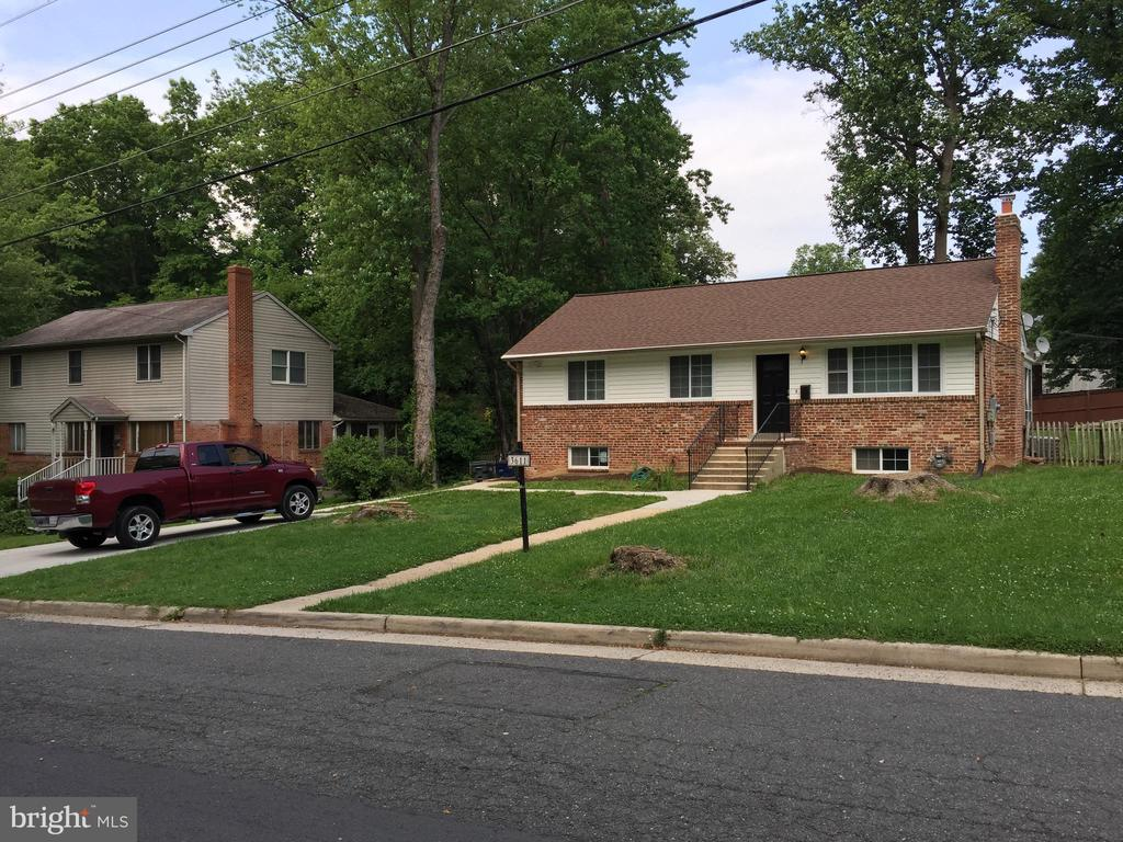 3611 Terrace Dr