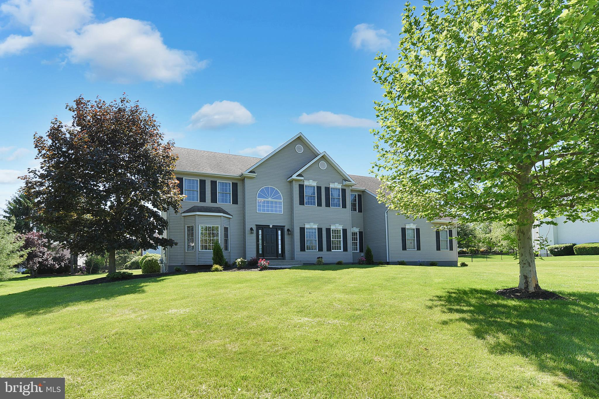 16 ANDERSON WAY, MONMOUTH JUNCTION, NJ 08852