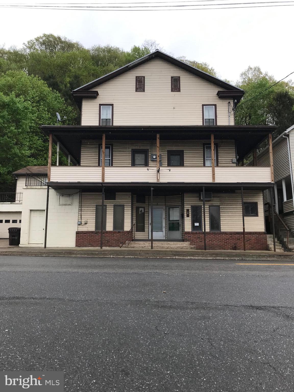 122 N MAIN STREET, HERNDON, PA 17830