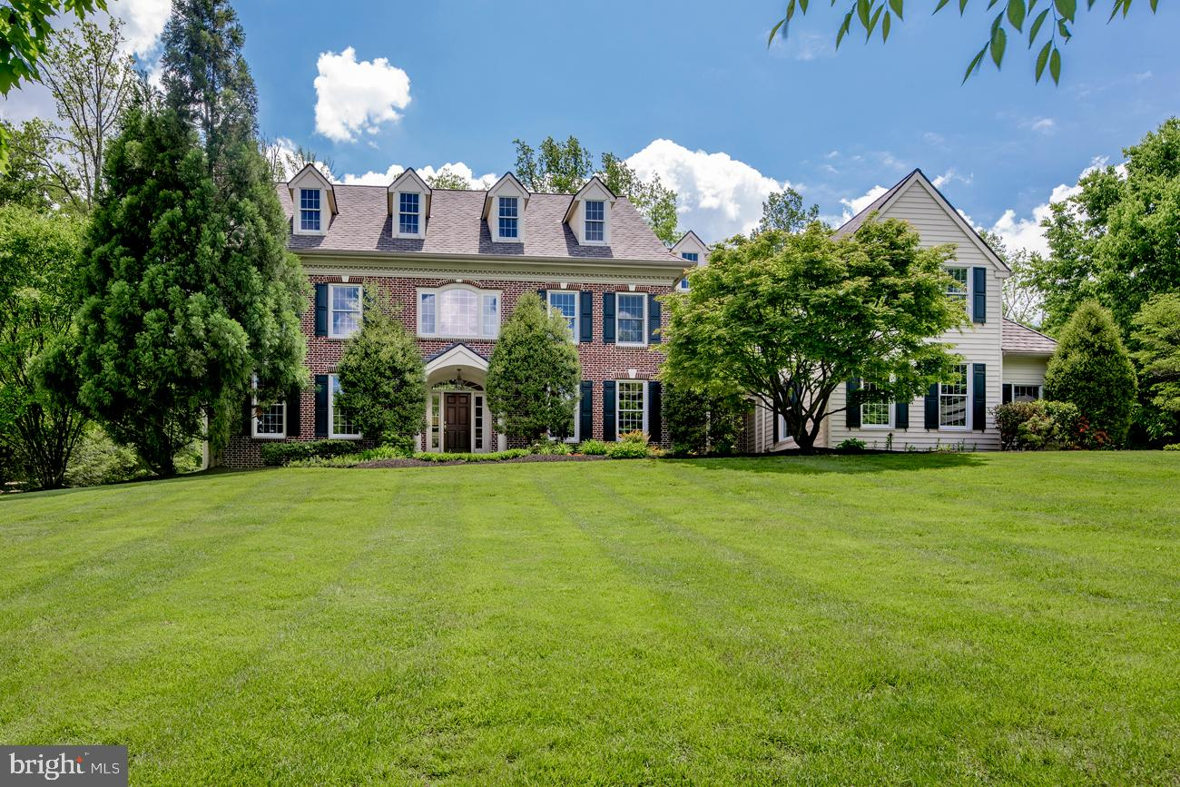 7 HARRISON DRIVE, NEWTOWN SQUARE, PA 19073