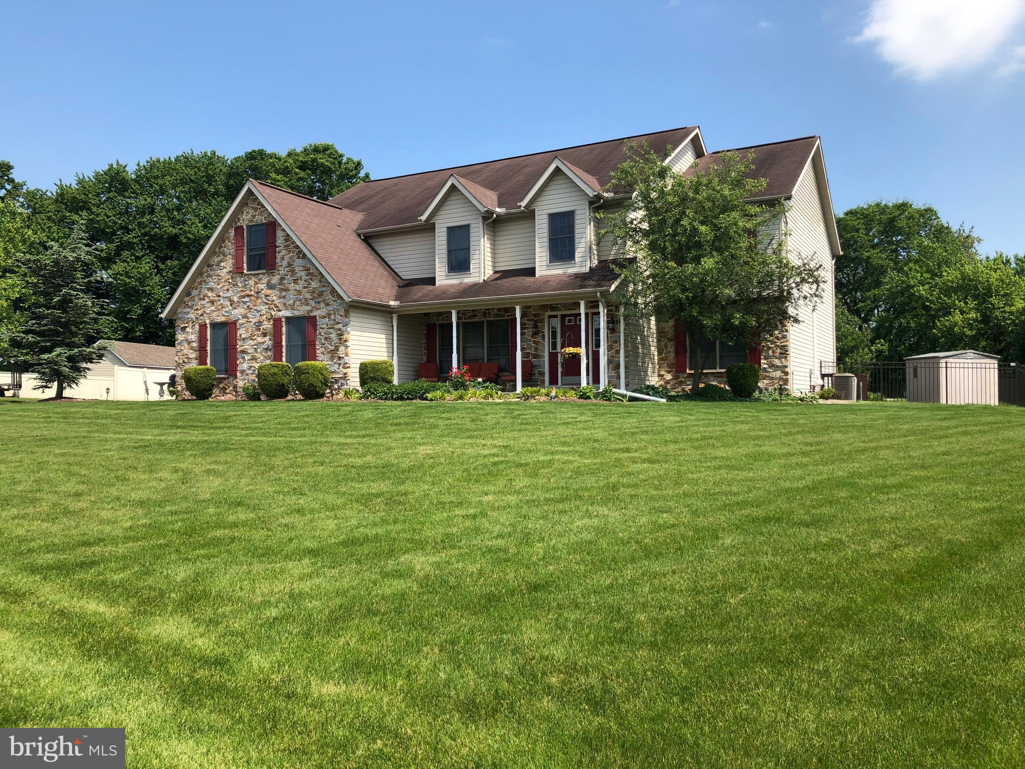 192 ALANTHIA LANE, ETTERS, PA 17319