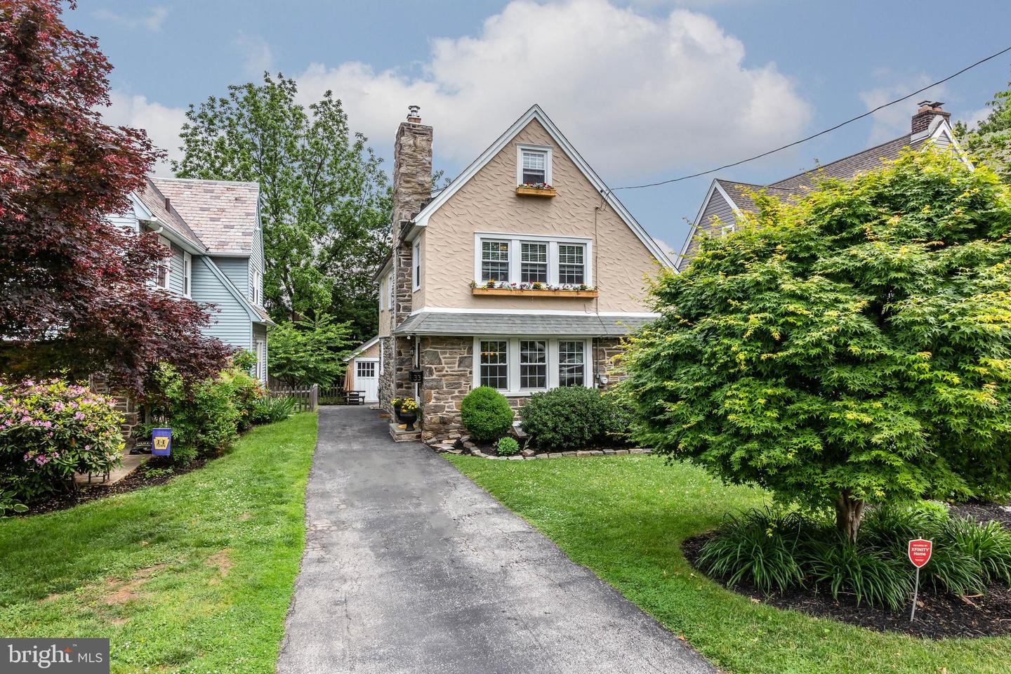 33 Sycamore Road Havertown, PA 19083