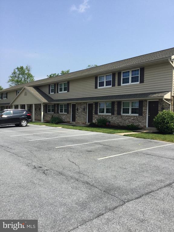 Charles & Associates Real Estate | Lancaster Real Estate 145