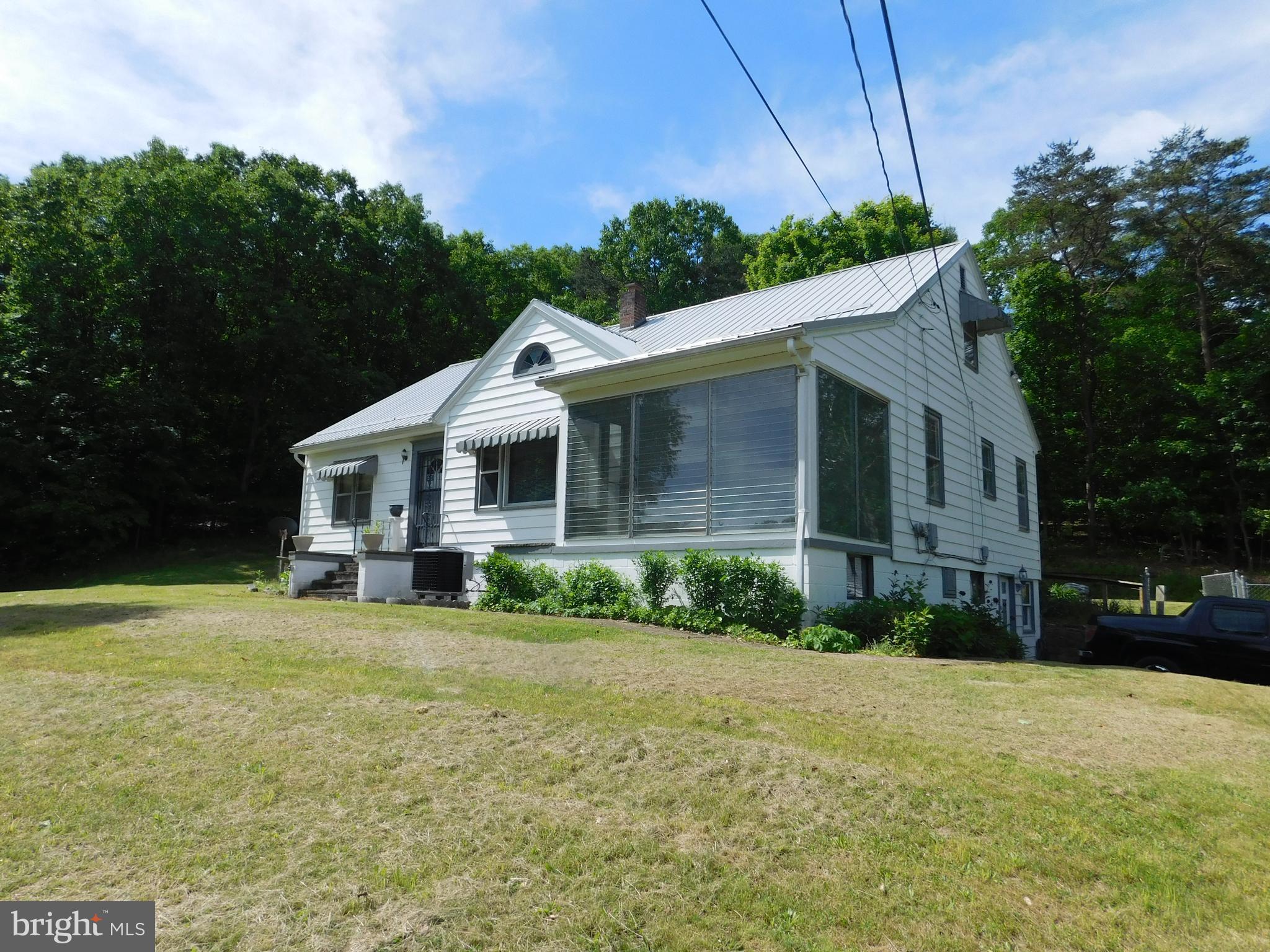 172 GRACE CABIN LANE, RIDGELEY, WV 26753