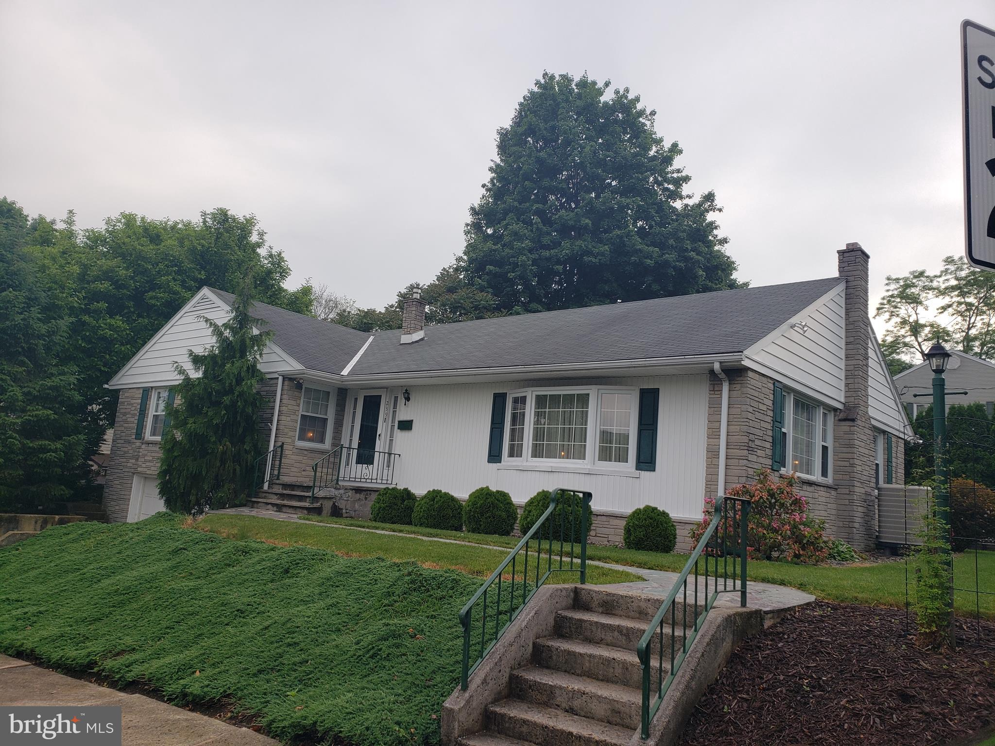 239 3RD STREET, PORT CARBON, PA 17965