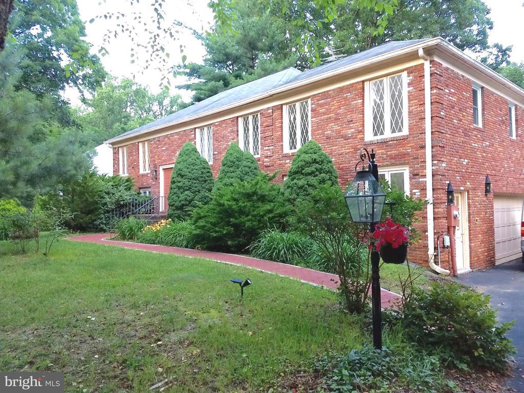 1735  LONG GREEN DRIVE, Annapolis, Maryland