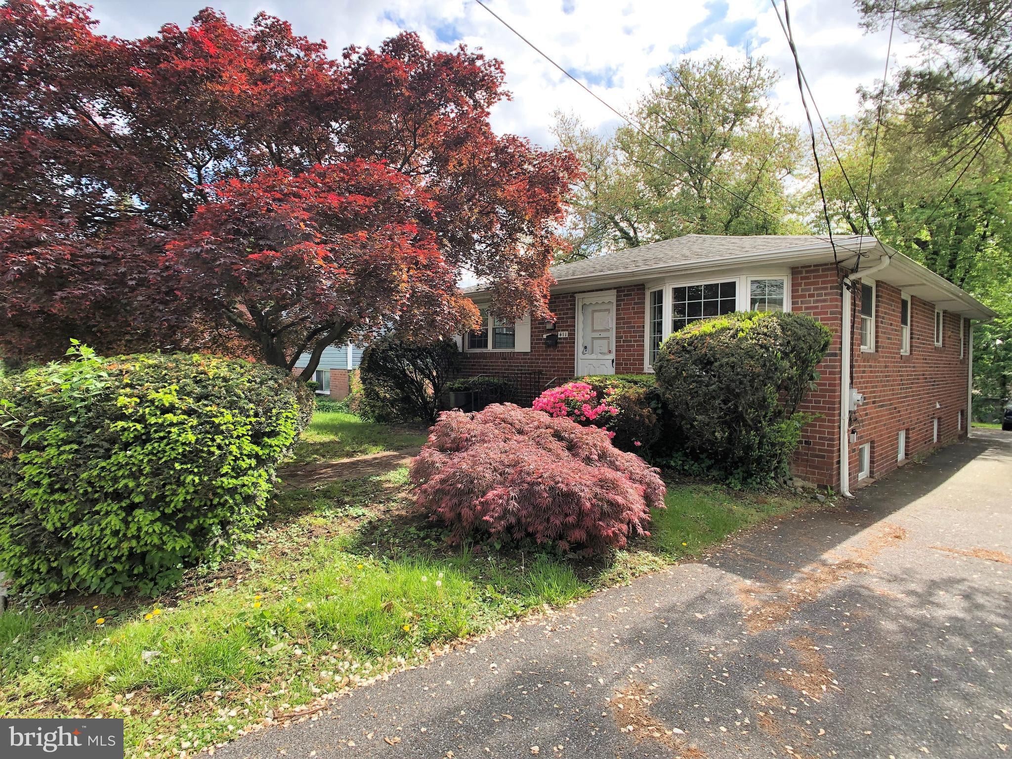 411 FAIRVIEW ROAD, WOODLYN, PA 19094