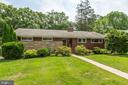 6909 Andover Dr