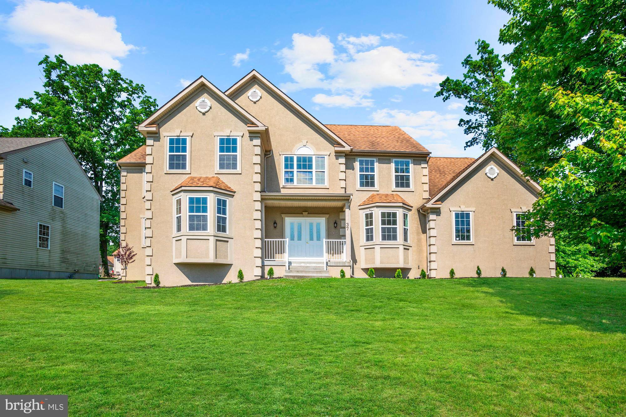 37 RIVER RUN, LAWNSIDE, NJ 08045
