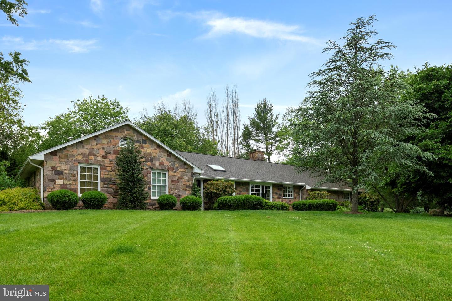 26 RED FOX DR, NEW HOPE, PA