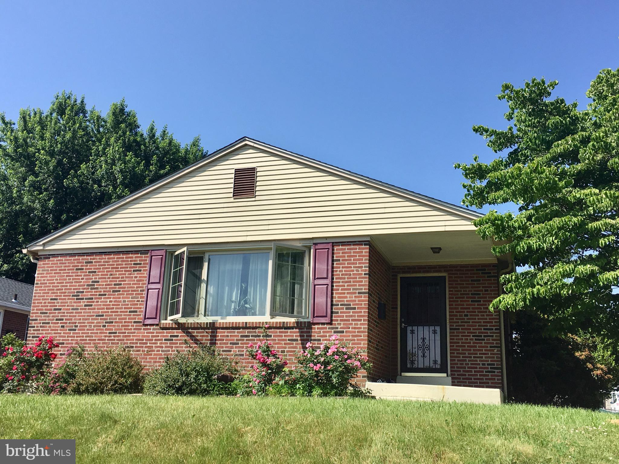 Springfield Ranch!~ One Floor Living!~ Foyer Entrance, Living Room and Dining Room w/Hardwood Floors, New Renovated Kitchen with SS Appliances and O/E.~ Three nice size Bedrooms and One Full Tile Bath complete the first floor.~ The lower level offers Family Room, Renovated Full Tile Bath with Spacious Stand Up Shower, Laundry Room,Spare Bedroom/Bonus Room and a Movie Room/Office.~ Driveway Parking, Nice Level Rear Yard and Screened Summer Porch.