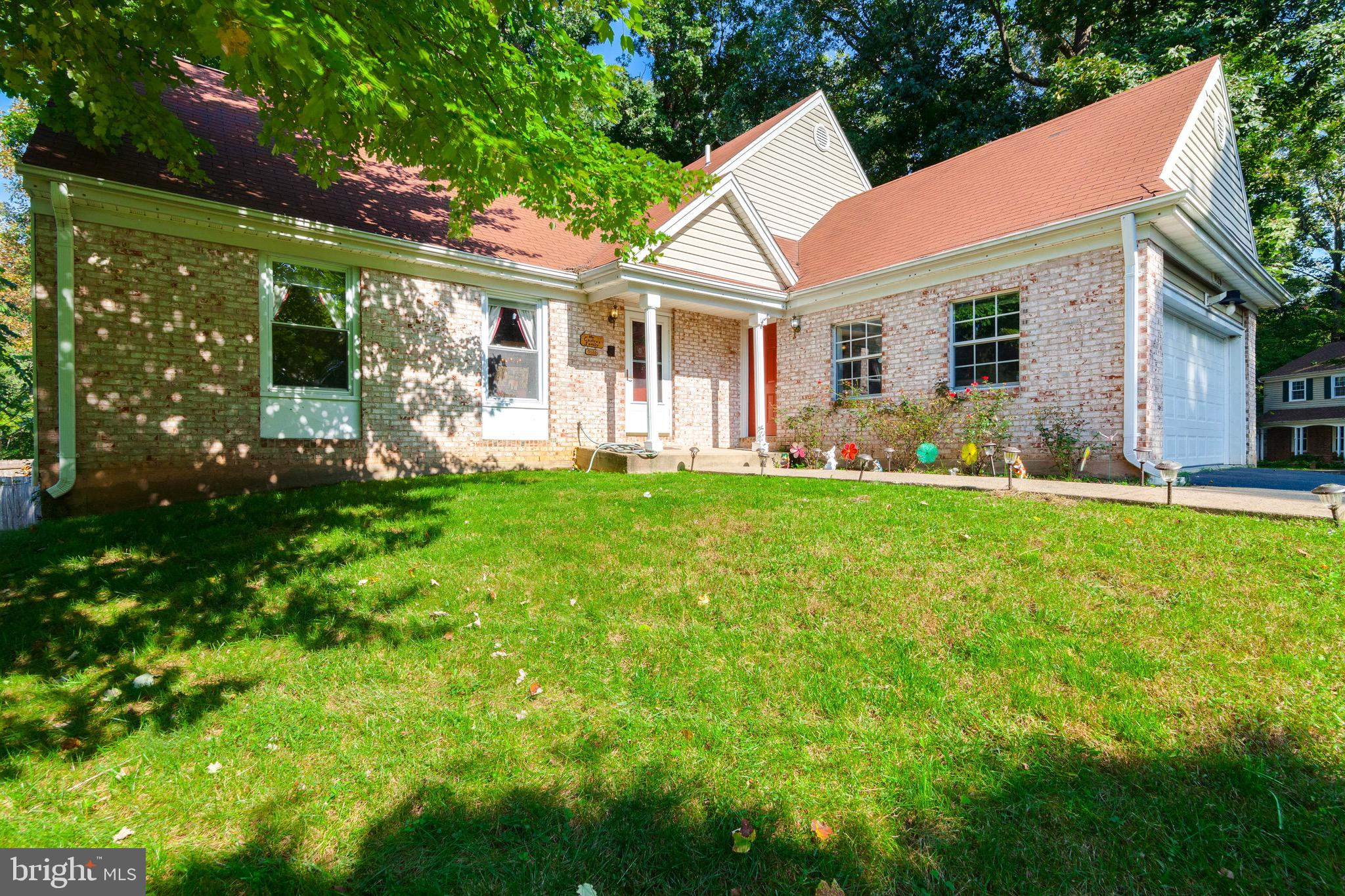 Great Location!!! Home Located on a Corner Lot with a Lake View. WSF School Pyramid! Eat-In Kitchen w/Green House Window, Large Family Room w/Wood Burning Fireplace. Ceramic Tile in Foyer and Kitchen. Wood floor on Main and Lower Lvl, Large Dining Room. Fully Fenced Rear Yard. 2 Car Garage. This Home is Tenant Occupied. Lease ends August 31, 2019. However, there may be flexibility on lease end date.
