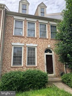 Short Sale townhouse in Westridge community with Swimming and Racquet Club membership. Four Bedrooms, three and half baths. Living room, walkout basement with full bath in the basement. Two mortgages subject to third party approvals. Sentrilock front door. Property needs TLC