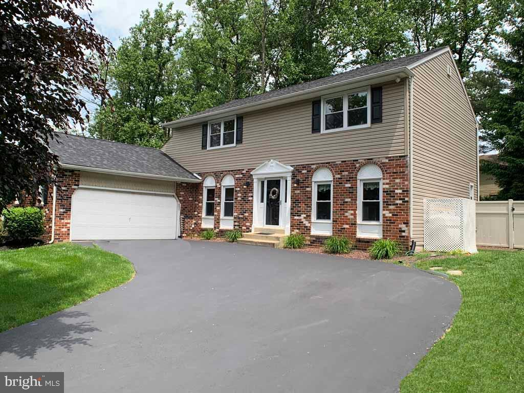 833 GREEN RIDGE CIRCLE, LANGHORNE, PA 19053