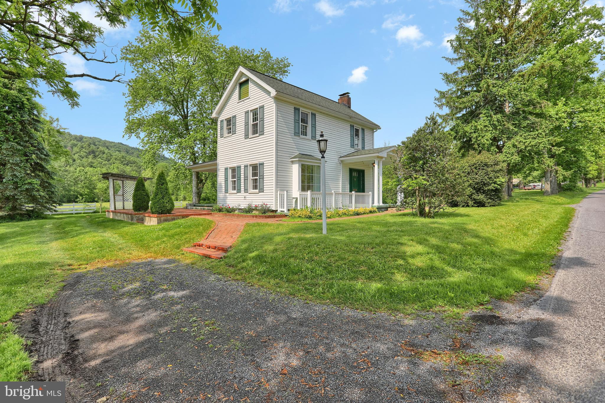 274 NARROWS ROAD, NEW BLOOMFIELD, PA 17068
