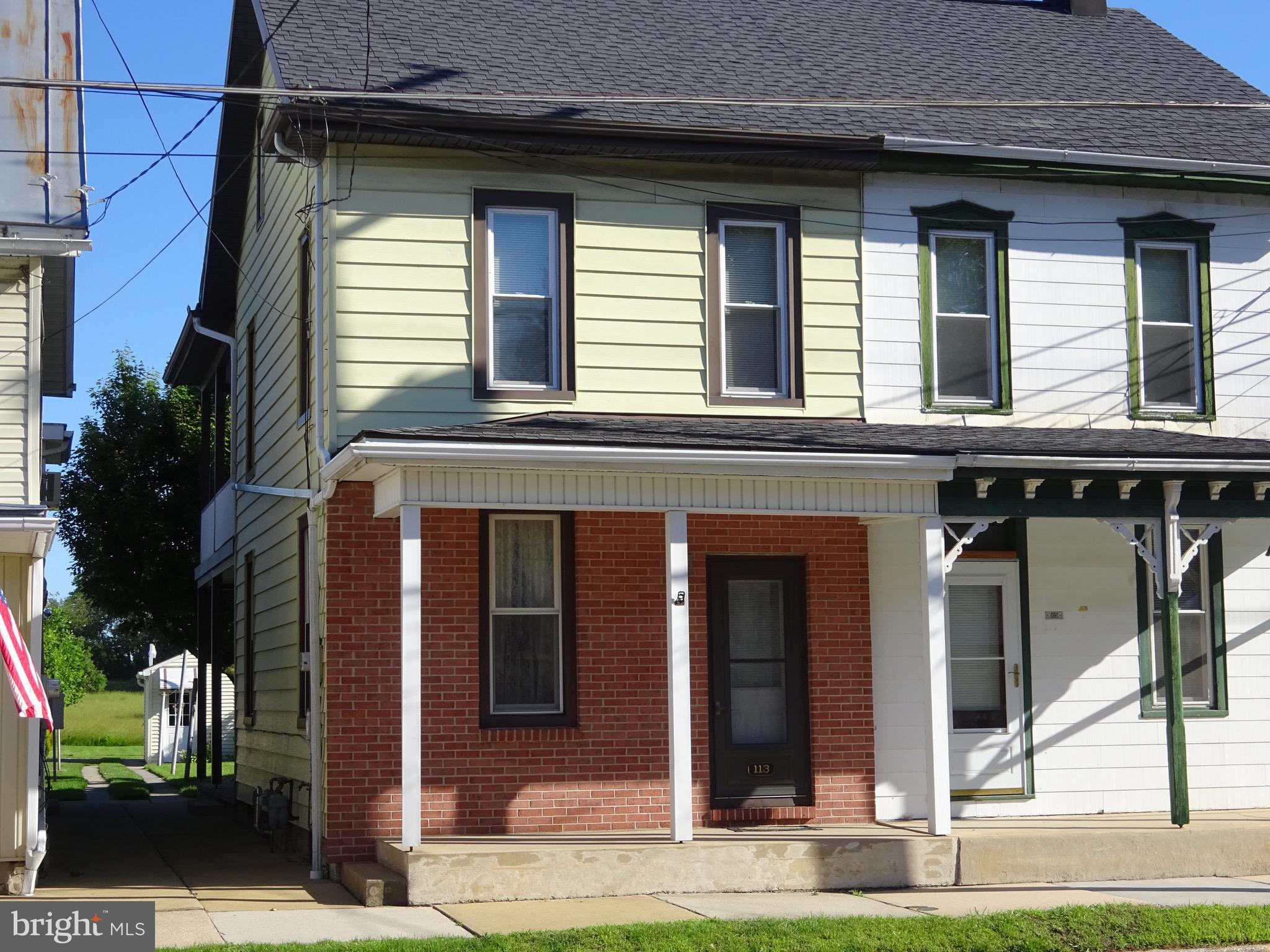 113 E MAIN STREET, NEWMANSTOWN, PA 17073