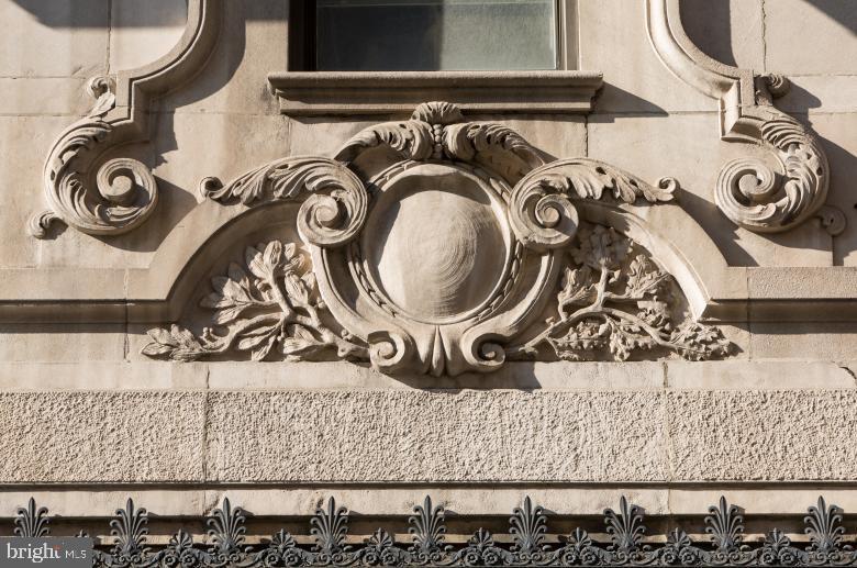 1300 Chestnut Street UNIT 403 Philadelphia, PA 19107