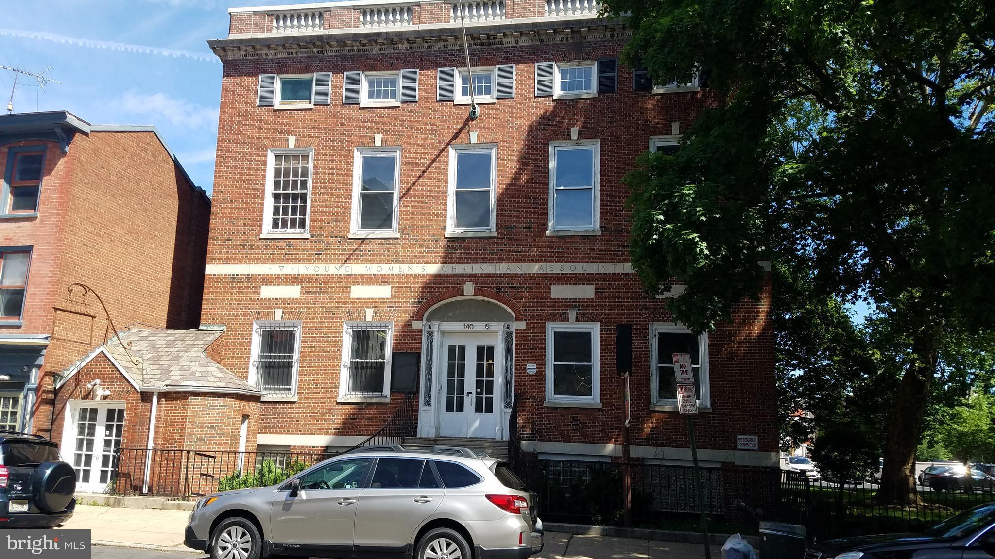 140 E HANOVER STREET, TRENTON, NJ 08608