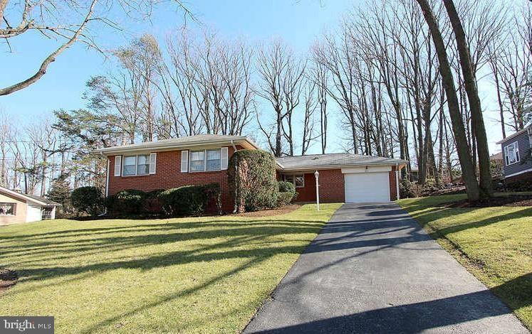 2017 FOREST HILL DRIVE, SILVER SPRING, MD 20903
