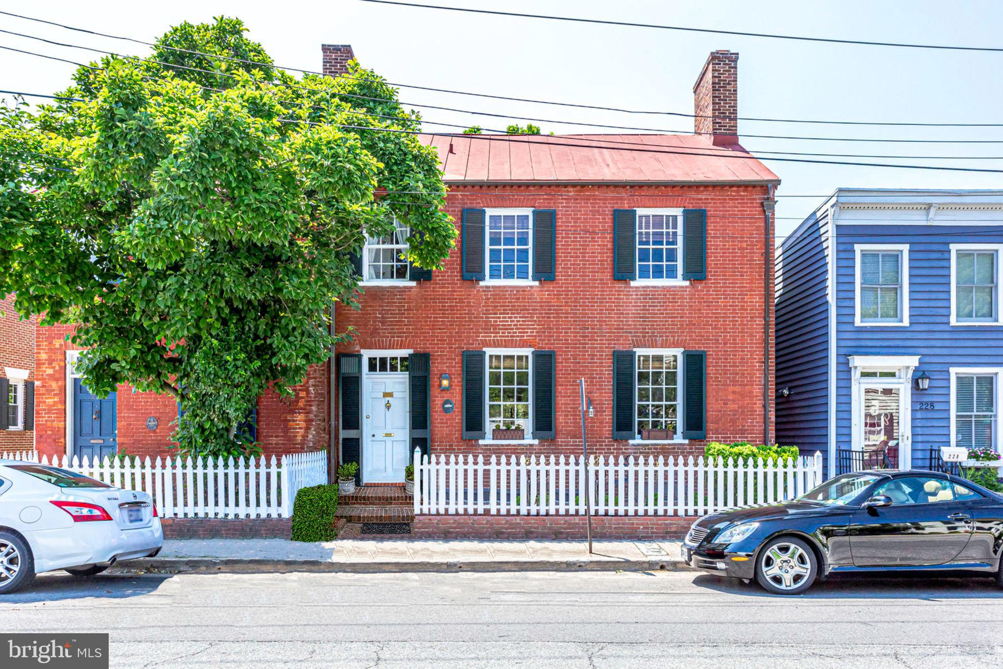 Beautifully restored 18th Century home in the heart of Old Town Alexandria! Semi-detached townhouse, 3BR, 2.5BA. 2 blocks to King St shops and restaurants! Gorgeous 9ft ceilings, grand reception rooms with 4 wood-burning fireplaces. Wide plank original hardwood floors, exquisite moldings, exposed beams and brickwork. Large private garden and patio. Own a piece of history!