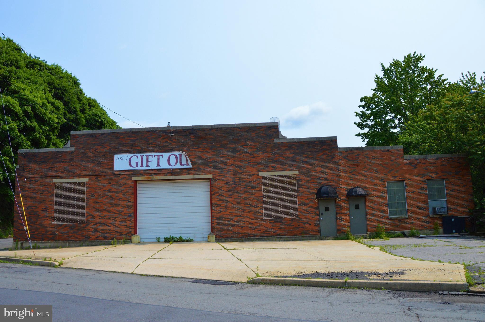 0 FRONT & COAL STREET, POTTSVILLE, PA 17901