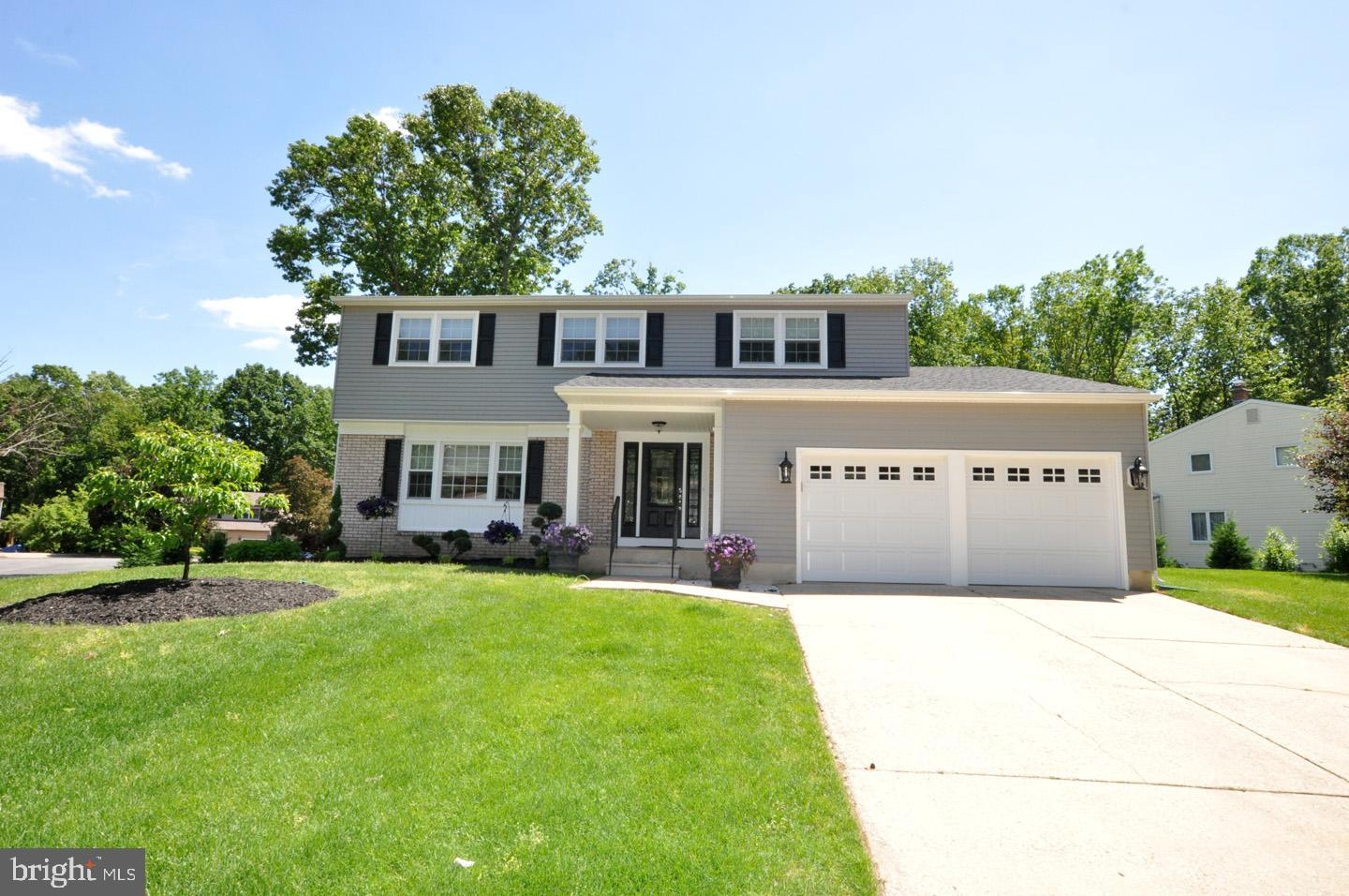 572 CAMBRIDGE ROAD, TURNERSVILLE, NJ 08012
