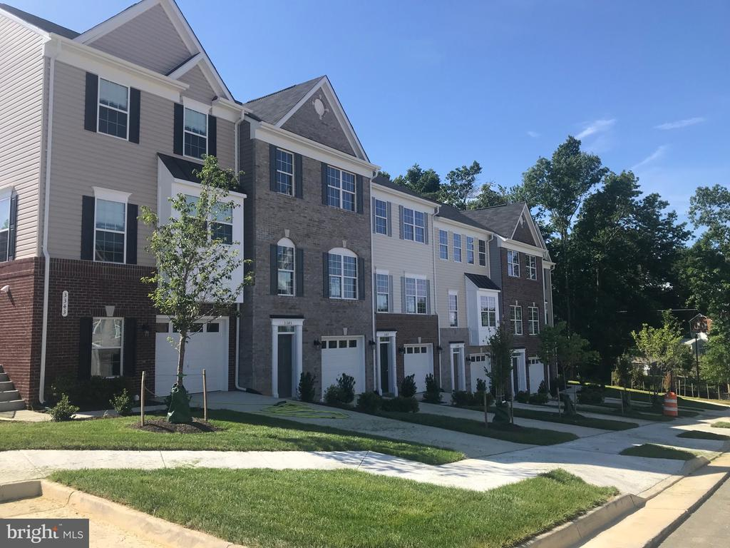 """Brand New Town Home located 2 mins from I95.  Our Charming Magnolia End Unit with a Front Kitchen offers 3 Bedroom, 2 Full and 2 Half Baths.  Granite Countertops, Stainless Steel Appliances and 42"""" Cabinets.  LVP Flooring in the kitchen and foyer.  Partial Brick Front. Cathedral ceilings in the master bedroom.  Still time to pick your design center options.  So much more to see, be sure to put this one on your list."""