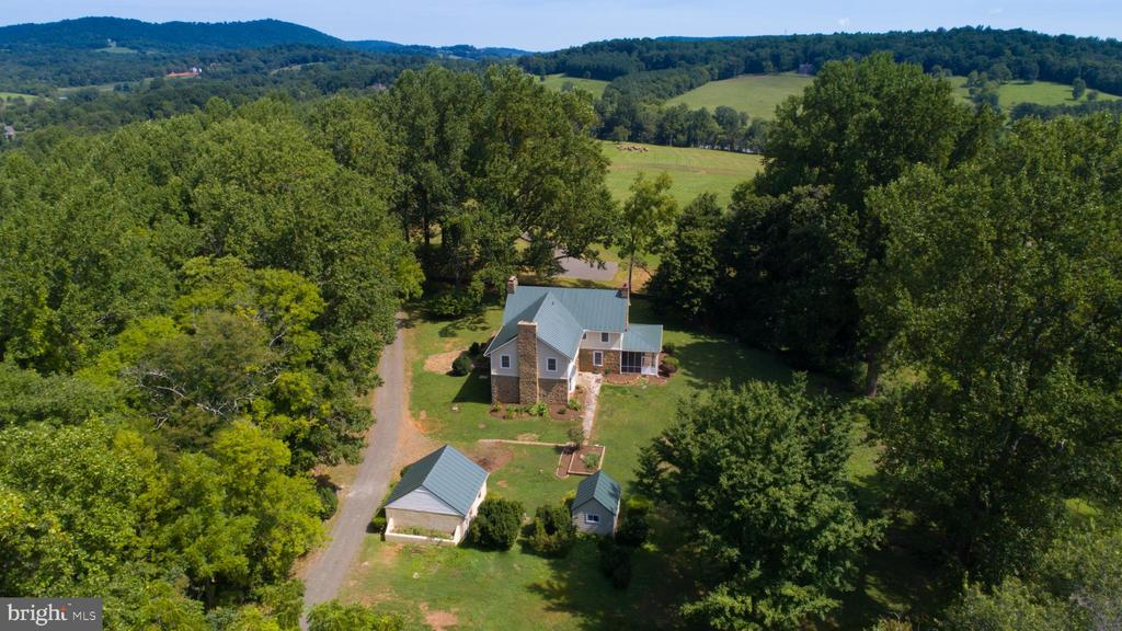 7597  KEITH ROAD, Warrenton, Virginia