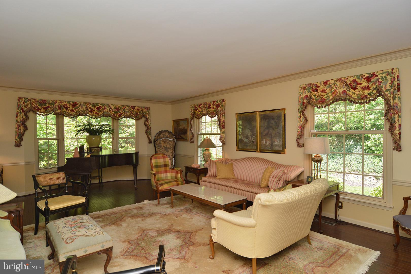 4830 OLEY TURNPIKE ROAD, READING, PA 19606