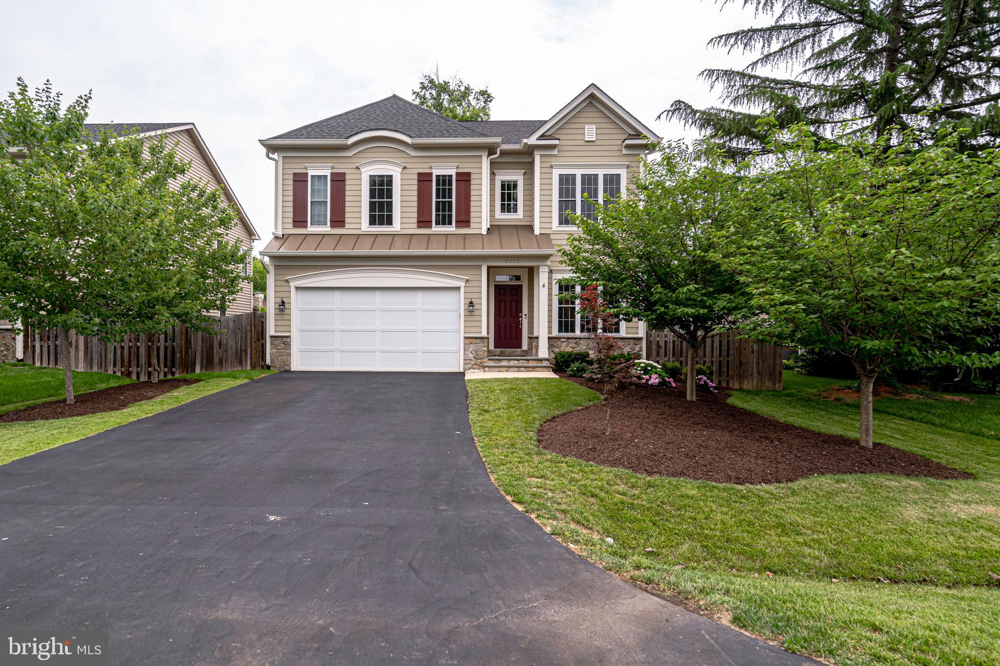 Like-new home in Hollin Hall on an extra-wide lot! 5 bedrooms, 4.5 bathrooms. Spacious, open layout with a gourmet kitchen, master suite and fully finished lower level.